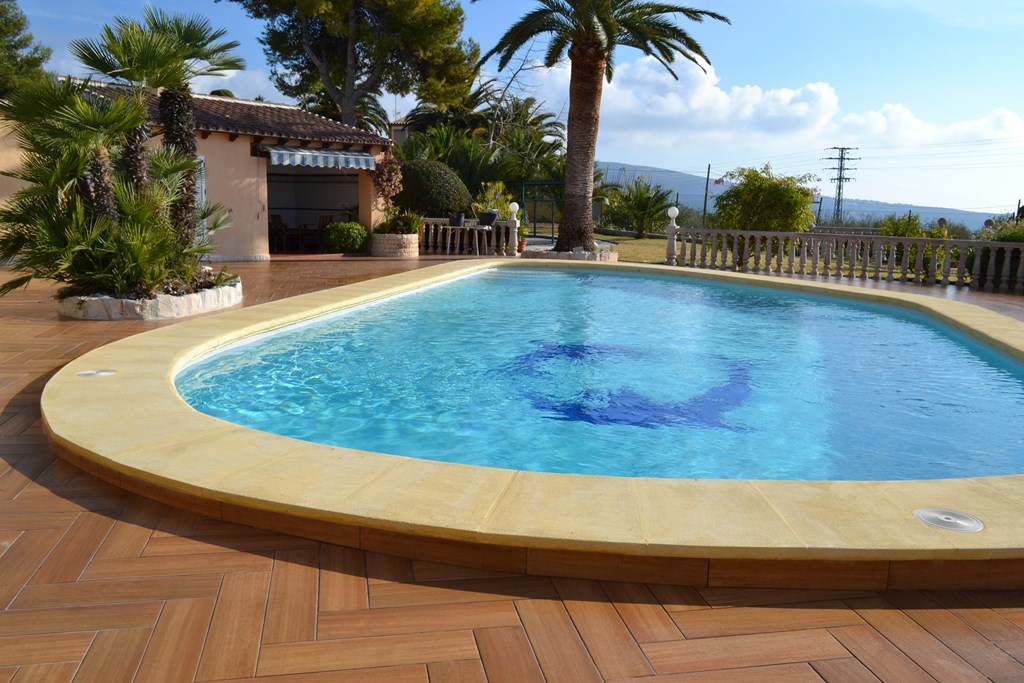 Trabajos realizados cauvells for Coronacion de piscinas